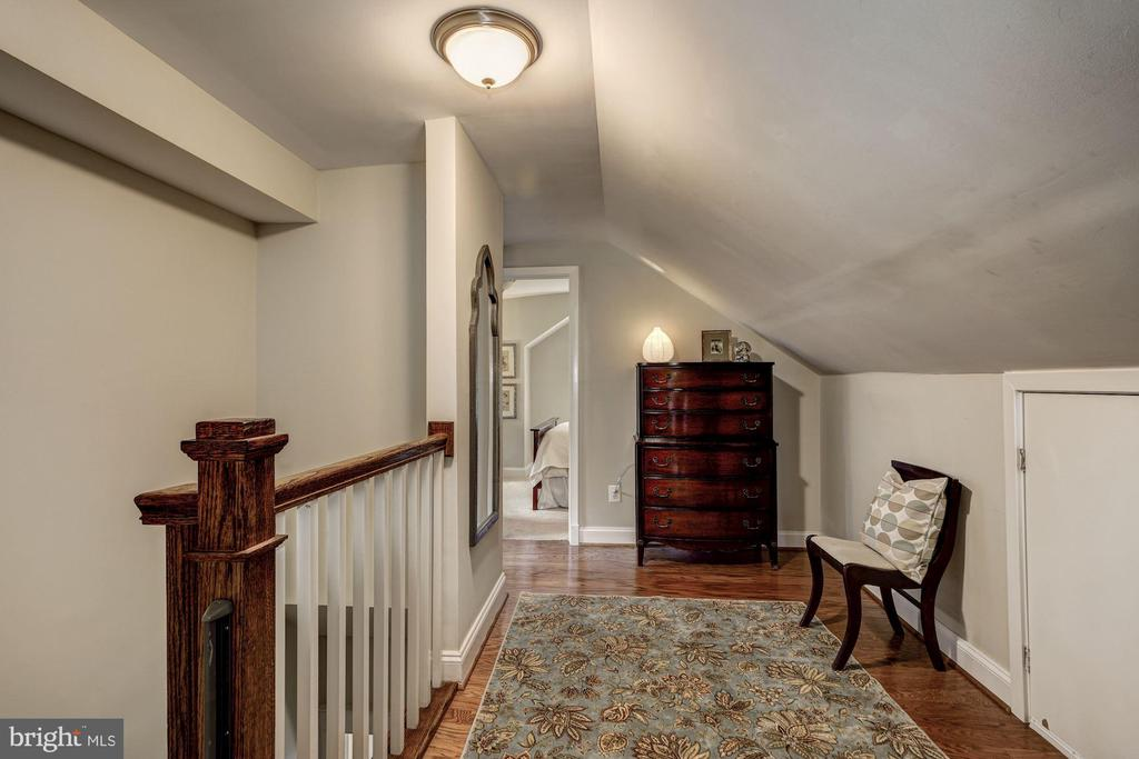 Upstairs landing with door to attic for storage - 1703 N RANDOLPH ST, ARLINGTON