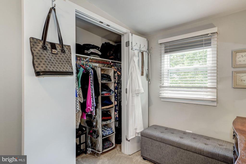 Master bedroom closet - 1703 N RANDOLPH ST, ARLINGTON
