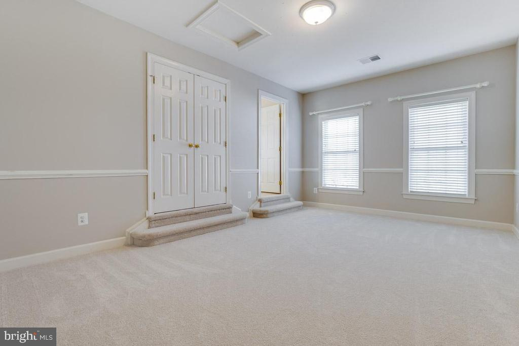 Third Bedroom/ Buddy Bath - 41777 PURPOSE WAY, ALDIE