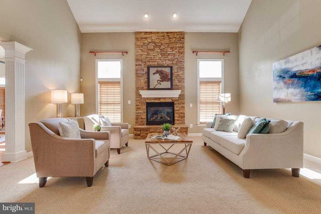 Two Story Family Room - 41777 PURPOSE WAY, ALDIE