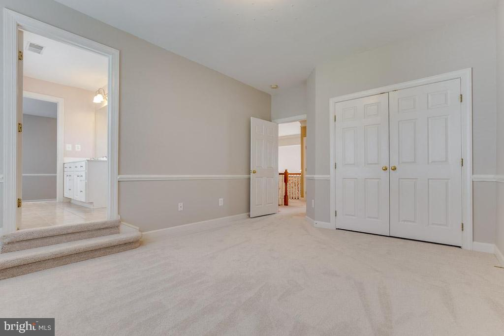 Fourth Bedroom  with Buddy Bath - 41777 PURPOSE WAY, ALDIE
