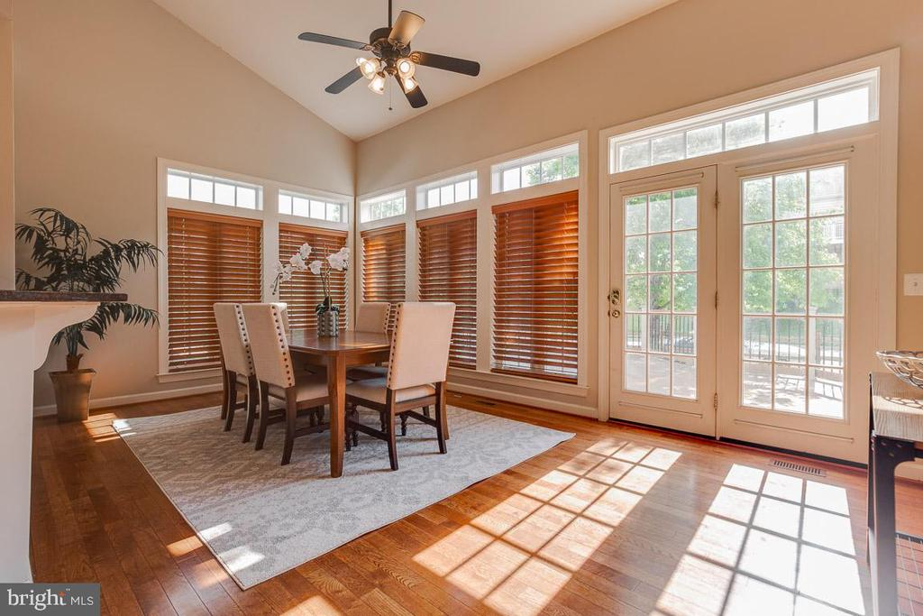 Morning/ Sunroom off Kitchen - 41777 PURPOSE WAY, ALDIE
