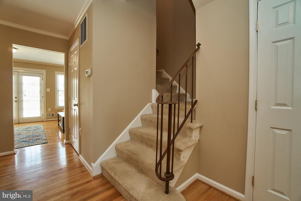 View from Foyer to Rear - 6011 TICONDEROGA CT, BURKE