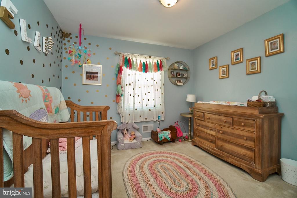 Upper Level Secondary Bedroom - 6011 TICONDEROGA CT, BURKE