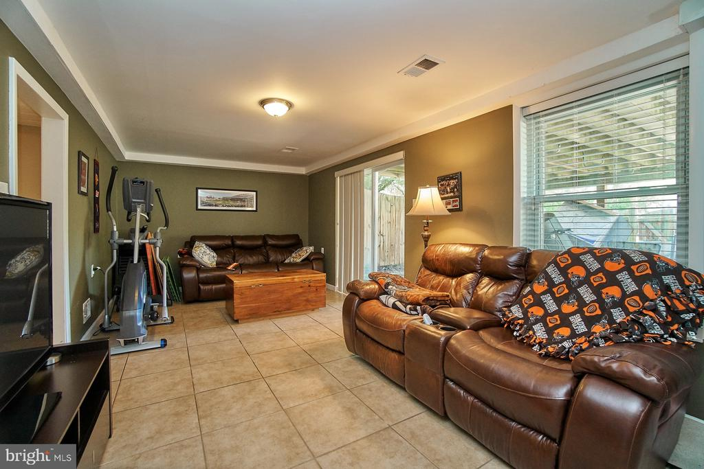 Lower Level with Walk-Out to Rear Patio - 6011 TICONDEROGA CT, BURKE
