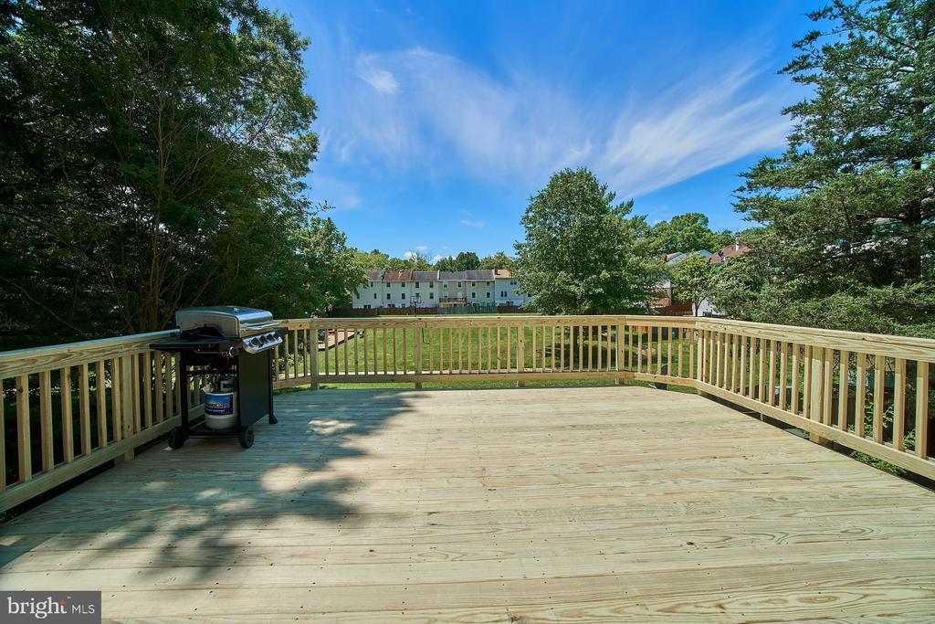 Rear Deck with New Floor - 6011 TICONDEROGA CT, BURKE