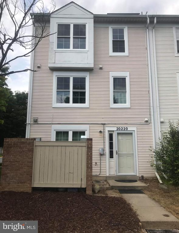 20220  HARBOR TREE ROAD, Gaithersburg in MONTGOMERY County, MD 20886 Home for Sale