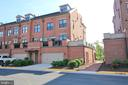 Magnificent Brick End Unit w/two car garage - 419 KORNBLAU TER SE, LEESBURG