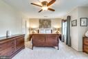 Spacious Master Suite w/ walk-in closet - 21486 PLYMOUTH PL, ASHBURN