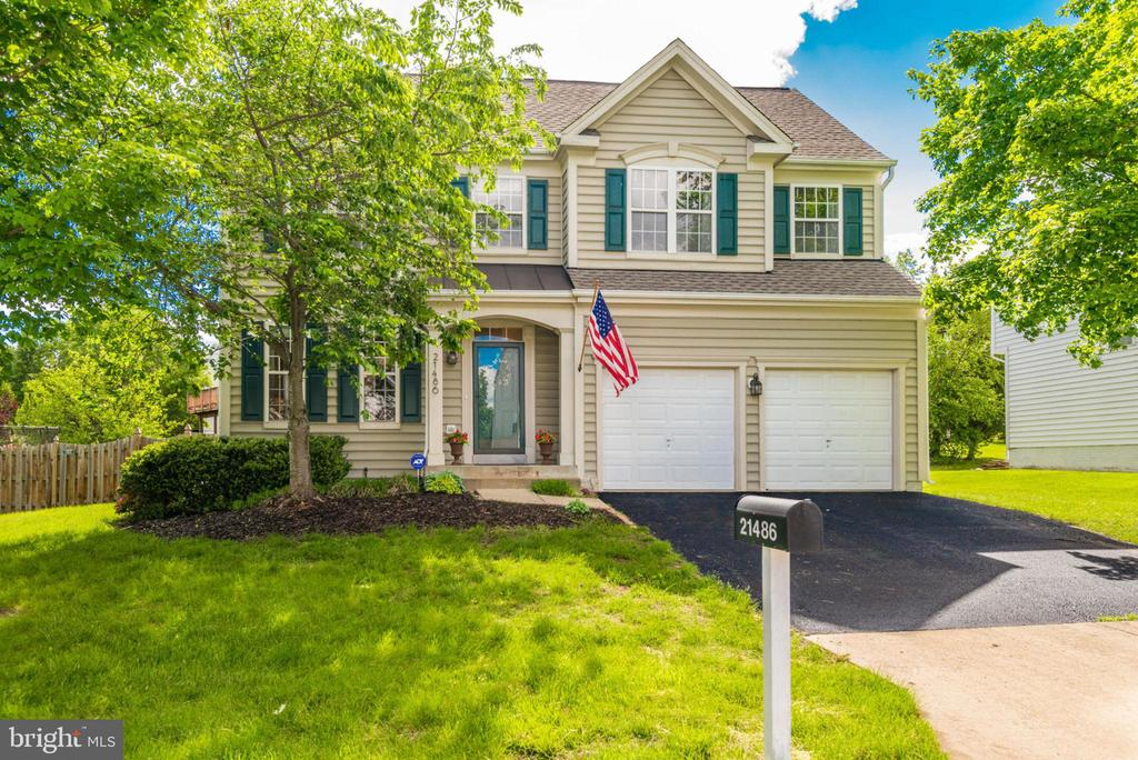 Welcome Home! - 21486 PLYMOUTH PL, ASHBURN