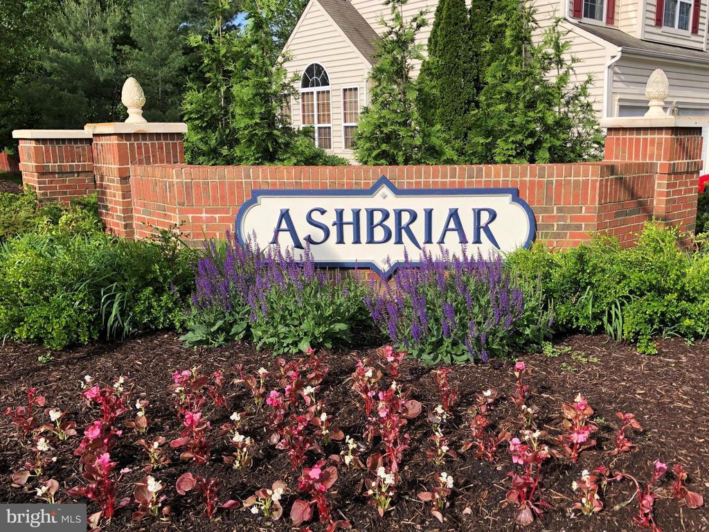 Ashbriar Community in Ashburn - 21486 PLYMOUTH PL, ASHBURN