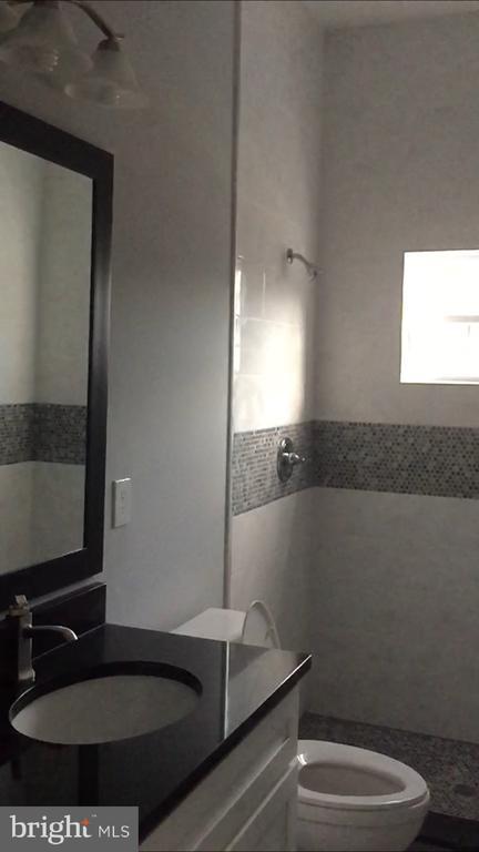 Bathroom 1 - 1114 51ST PL NE, WASHINGTON