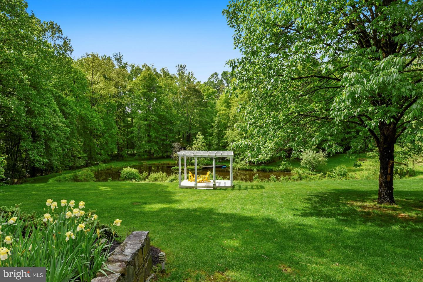 Single Family for Sale at 7003 Clifton Forest Dr Clifton, Virginia 20124 United States