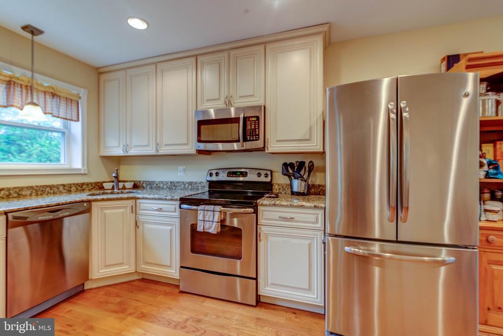 Plenty of Storage in the Updated Kitchen - 3119 LAKE AVE, CHEVERLY
