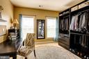 Master suite dressing/sitting area - 16800 ANCHOR BEND CIR, WOODBRIDGE