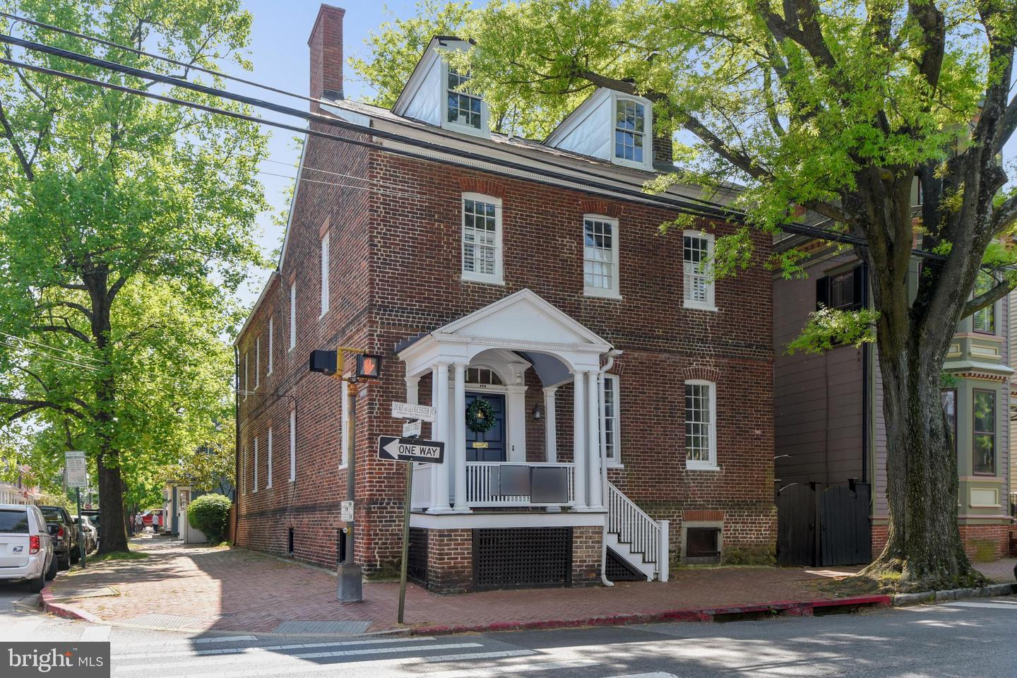 Single Family for Sale at 179 Duke Of Gloucester St Annapolis, Maryland 21401 United States