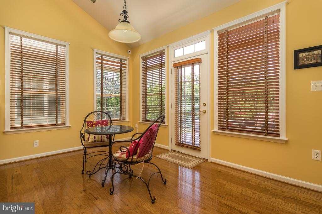 Enjoy your Morning Coffee in Sunroom! - 20579 CRESCENT POINTE PL, ASHBURN
