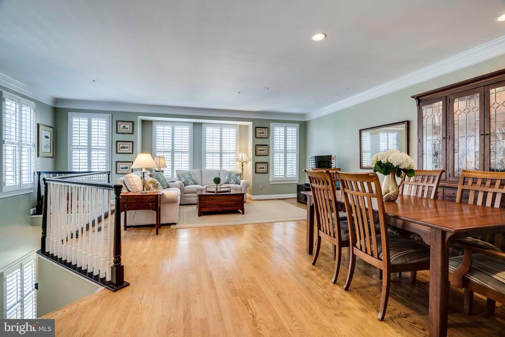 Gleaming hardwood floors - 738 FORD'S LANDING WAY, ALEXANDRIA