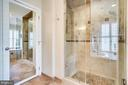 Glass enclosed shower - 738 FORD'S LANDING WAY, ALEXANDRIA