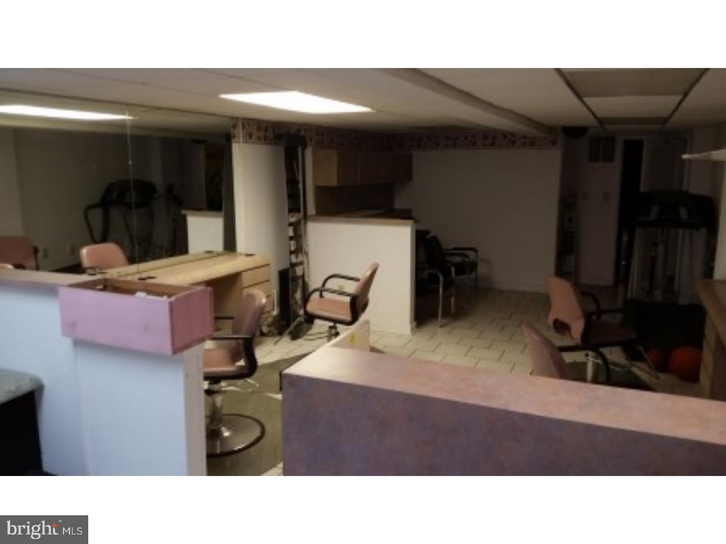 Additional photo for property listing at  Vineland, New Jersey 08360 États-Unis