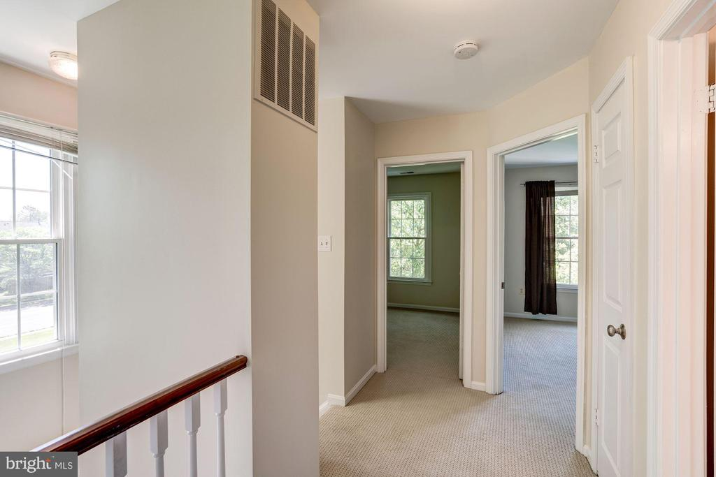 Upstairs Landing - 46758 WOODMINT TER, STERLING