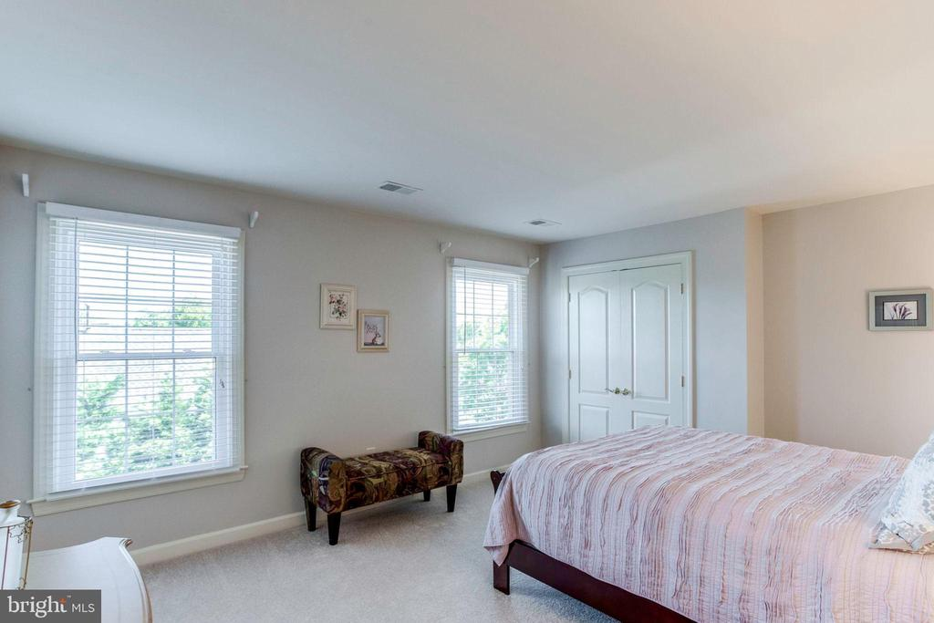 Bedroom 3 - 7900 GREENEBROOK CT, FAIRFAX STATION