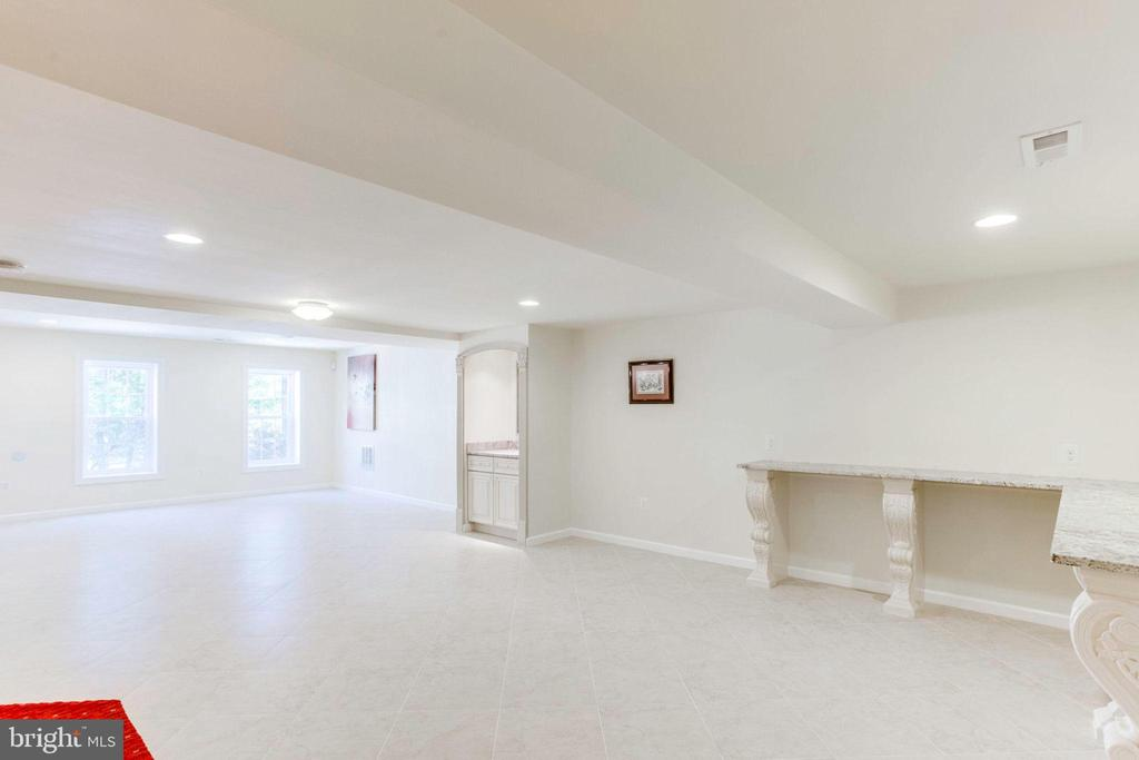 Basement -Beautifully Tiled with Recessed Lighting - 7900 GREENEBROOK CT, FAIRFAX STATION