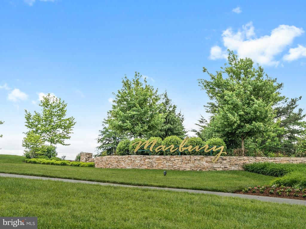Welcome to the Marbury Community Entrance - 42168 THORLEY PL, CHANTILLY