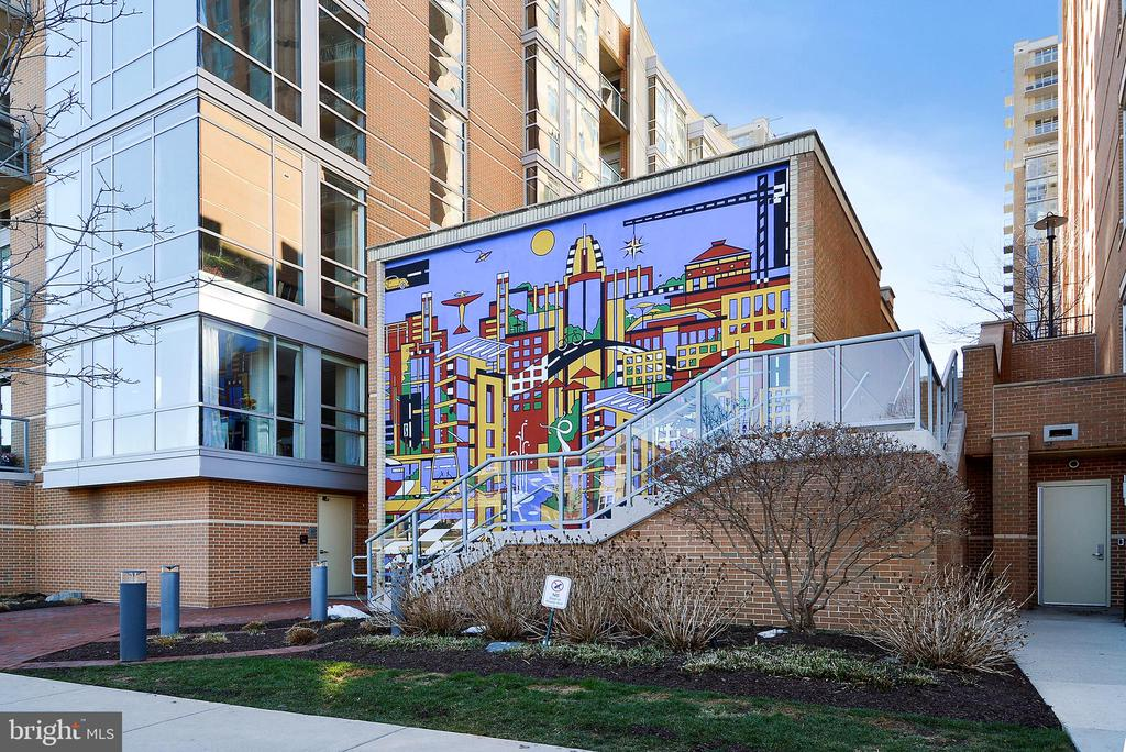 Reston Town Center Mural - 11309 STONEHOUSE PL, POTOMAC FALLS