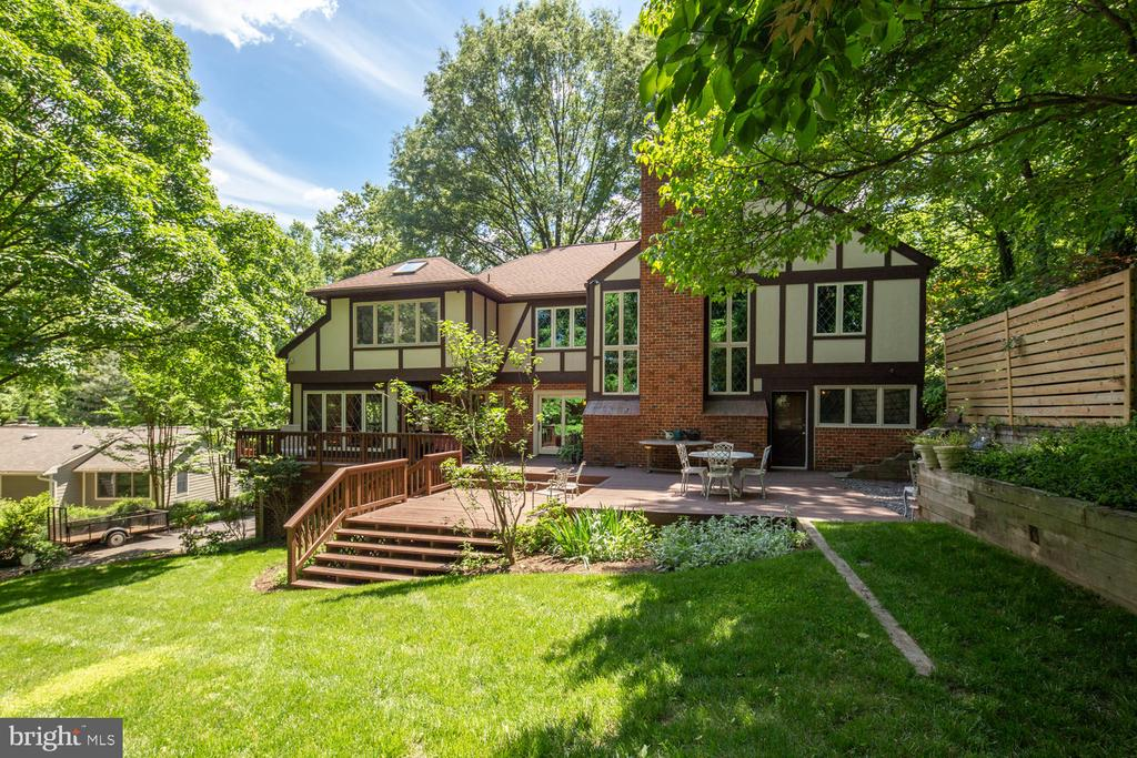 Just look at all that space! - 2821 N QUEBEC ST, ARLINGTON