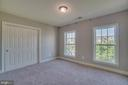 Very large bedroom with Jack and Jill bath - 18460 KERILL RD, TRIANGLE