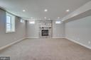 Huge family room with fireplace - 18460 KERILL RD, TRIANGLE