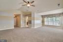 Master bedroom with sitting area - 18460 KERILL RD, TRIANGLE