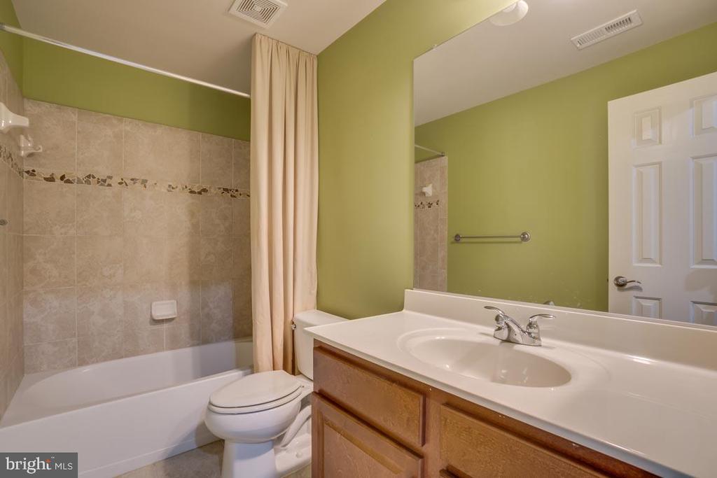 Bathroom - 18460 KERILL RD, TRIANGLE