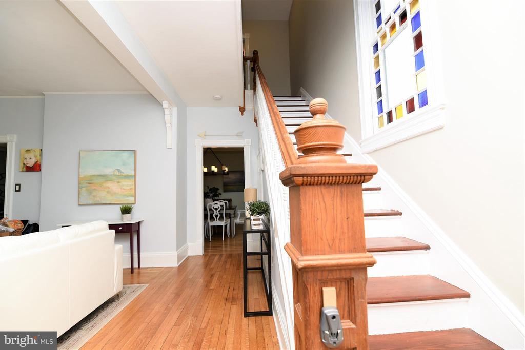 Grand Foyer & Staircase - 765 MONROE ST, HERNDON