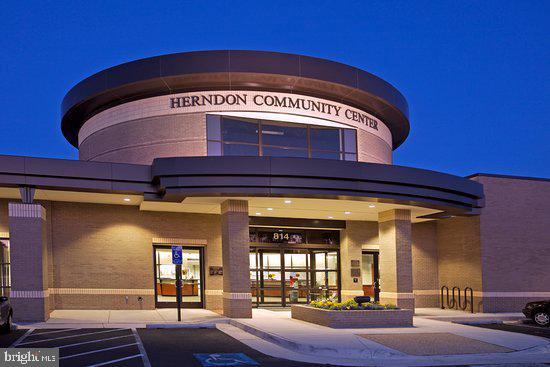 Herndon Community Center - 765 MONROE ST, HERNDON