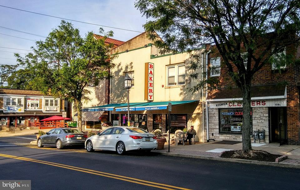 Retail for Sale at Glenside, Pennsylvania 19038 United States