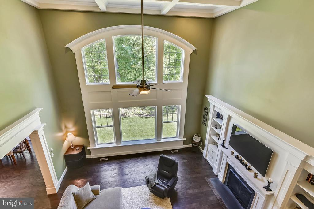 Open views to family room - 41984 PADDOCK GATE PL, ASHBURN