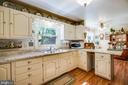Kitchen - 807 LEELAND RD, FREDERICKSBURG