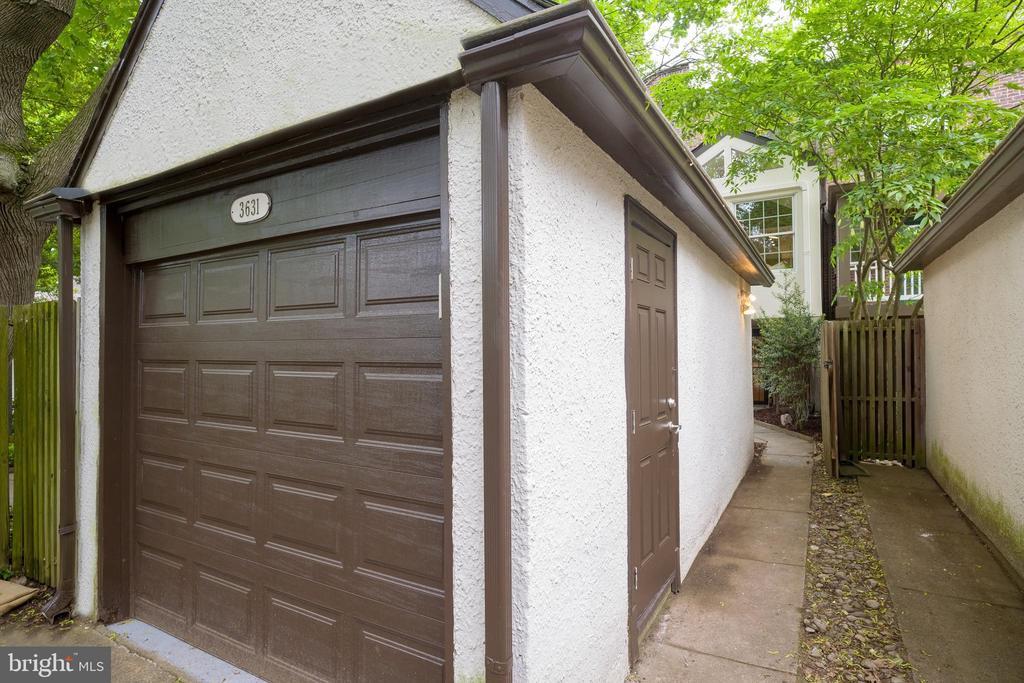 One car garage - 3631 VAN NESS ST NW, WASHINGTON