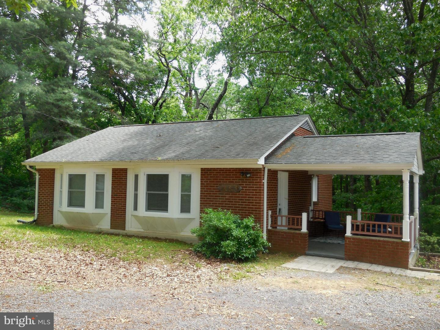 Single Family for Sale at 233 Hidden View Ln Front Royal, Virginia 22630 United States
