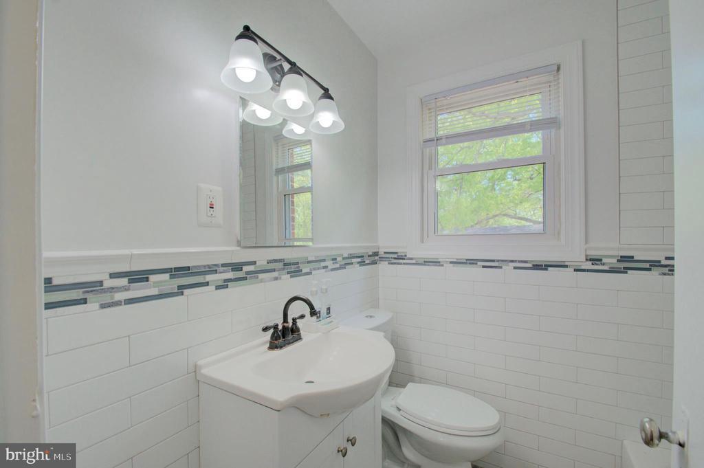 Bathroom Main Level - 6107 KILMER ST, CHEVERLY
