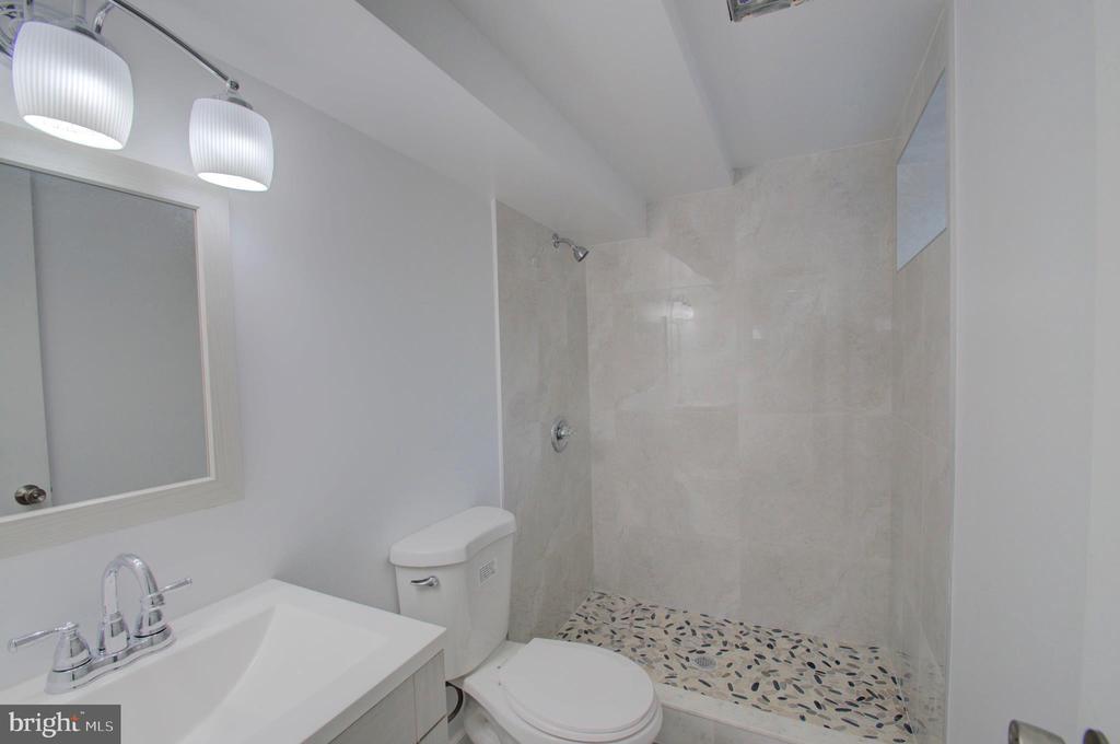 Lower Level Bathroom - 6107 KILMER ST, CHEVERLY