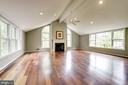 Spectacular Family Rm with gas FP adjoins kitchen - 3856 N RIXEY ST, ARLINGTON