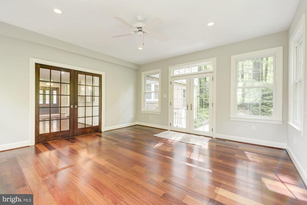 Bonus Room has french pocket doors for added quiet - 3856 N RIXEY ST, ARLINGTON