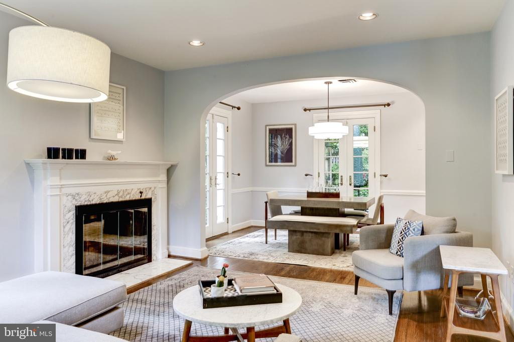 Stunning gas fireplace with marble surround - 4700 RESERVOIR RD NW, WASHINGTON