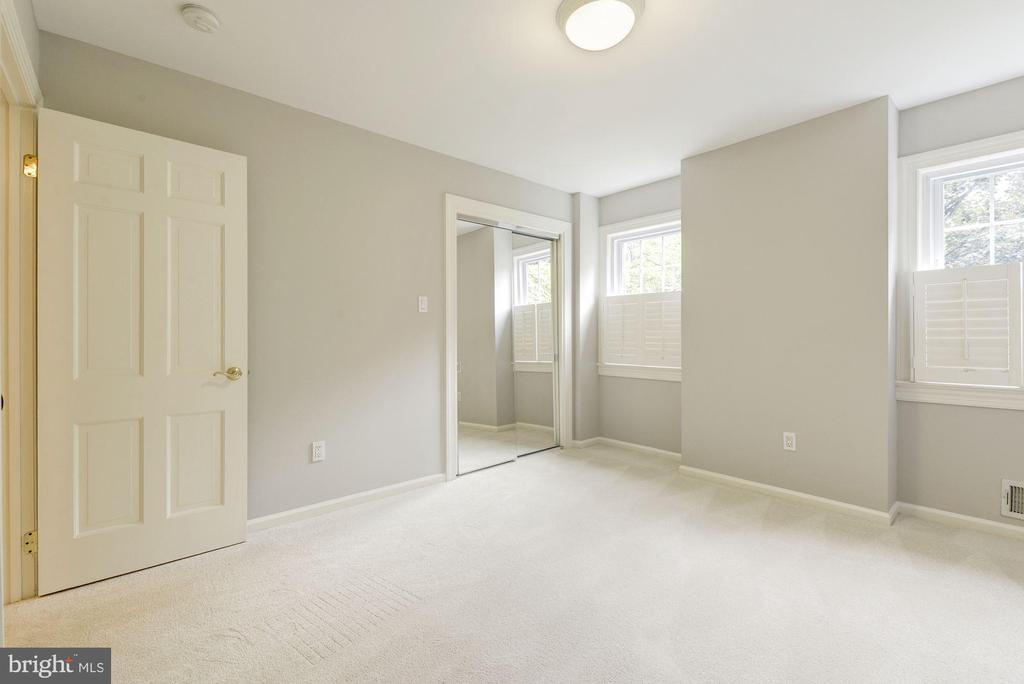 Bedroom 4 is another relaxing space ready for you - 3856 N RIXEY ST, ARLINGTON