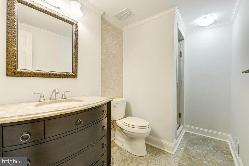Full bath in lower level with standing shower - 3856 N RIXEY ST, ARLINGTON