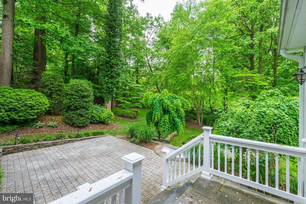 Never tire of the view from your kitchen window! - 3856 N RIXEY ST, ARLINGTON