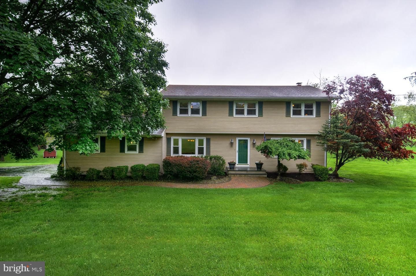 Single Family Home for Sale at Flemington, New Jersey 08822 United States